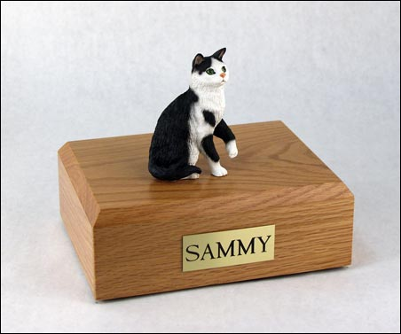 Cat, Tabby, Black/White, Shorthair Sitting - Figurine Urn