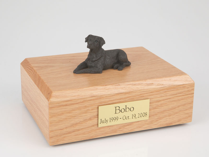 Dog, Labrador, Chocolate - Figurine Urn
